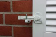 E-5315-R-224071w-Ladenverschluss mit Schraubkloben
