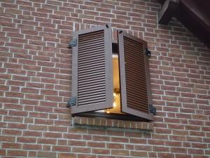 motorischer Fensterladen MOT 03